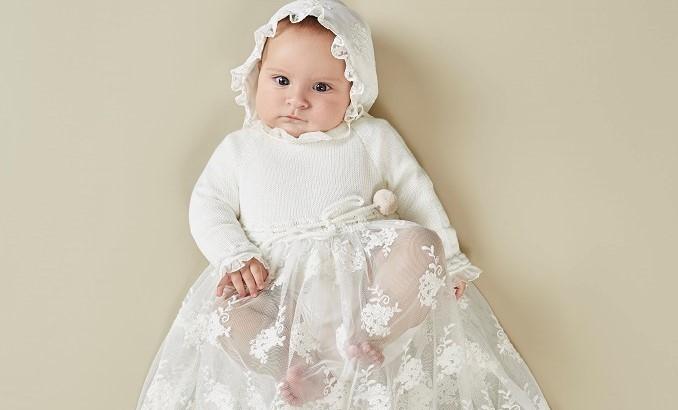Traje de bautizo para tu bebé