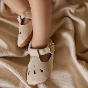 Zapatos Mafalda gotas min